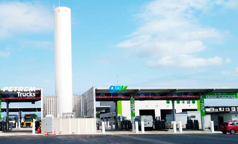 HAM ha sido la encargada del diseño y construcción de Petrem GNC-GNL