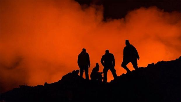 افریقہ کی جان لیوا 'آگ کی جھیل' جسے مقامی لوگ 'جہنم کا دروازہ' قرار دیتے ہیں 2