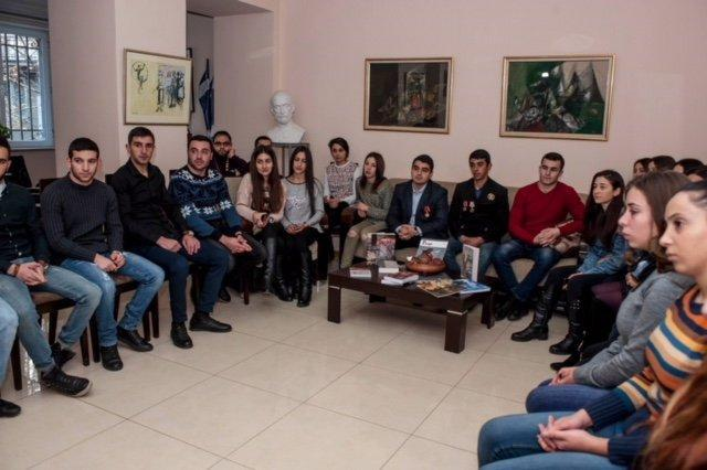 HEROES OF OUR DAYS A CLUB -MEETING AT HAMAZKAYIN ARMENIA OFFICE