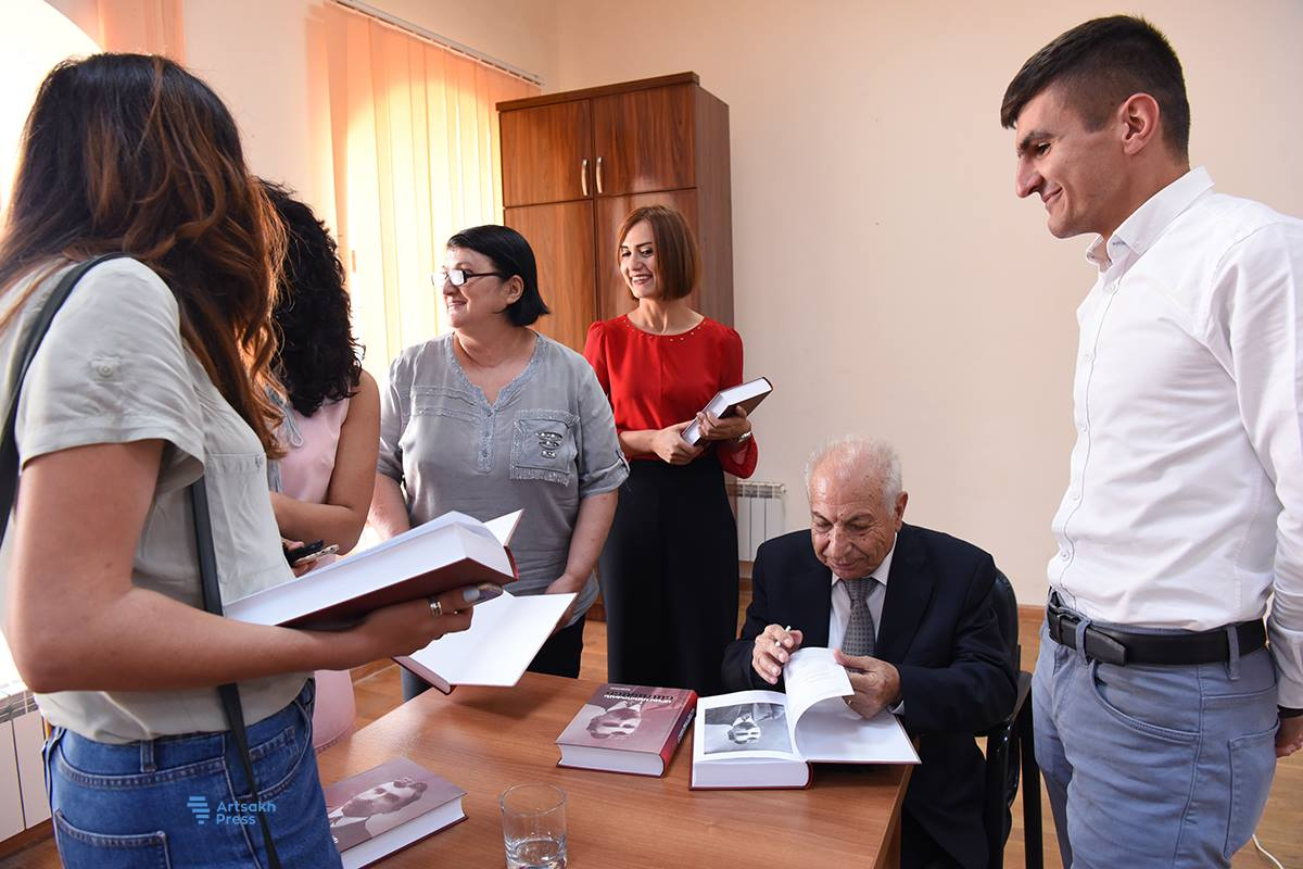 """""""The Letters of Aram Manoukian"""" Book Launch Held in Shushi"""