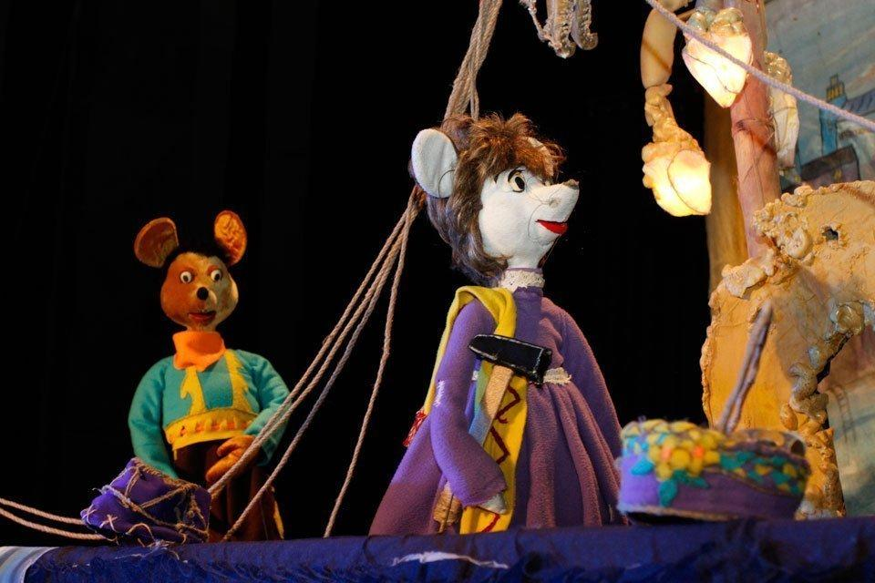 Lebanon Sees First Puppet Show in Years