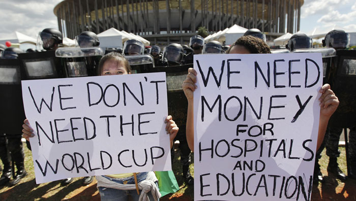 اعتراض برضد جام جهانی فوتبال