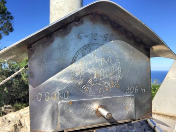 Ogono summit marker