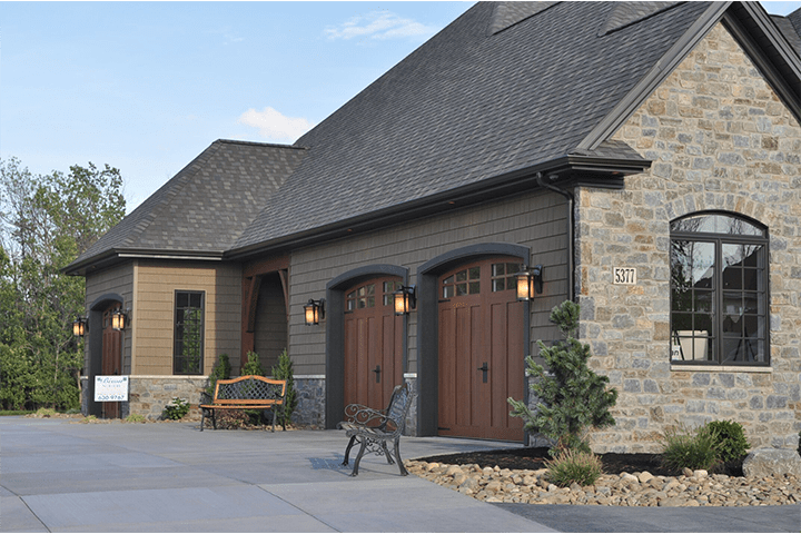 Blog : Picking Out The Right Garage Door Color on Garage Door Color  id=53247