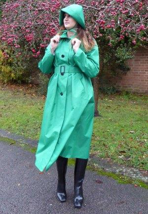 Hepburn (Emerald Green)