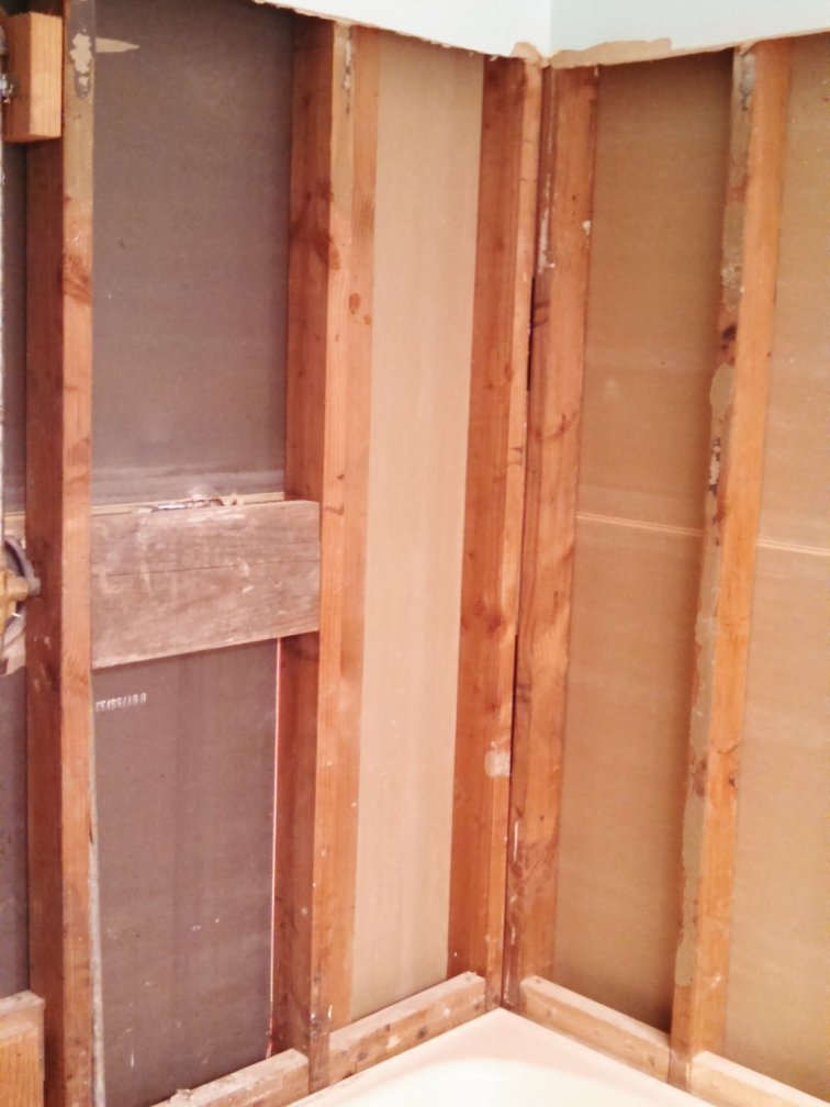 Tiling a shower starting from the bare studs