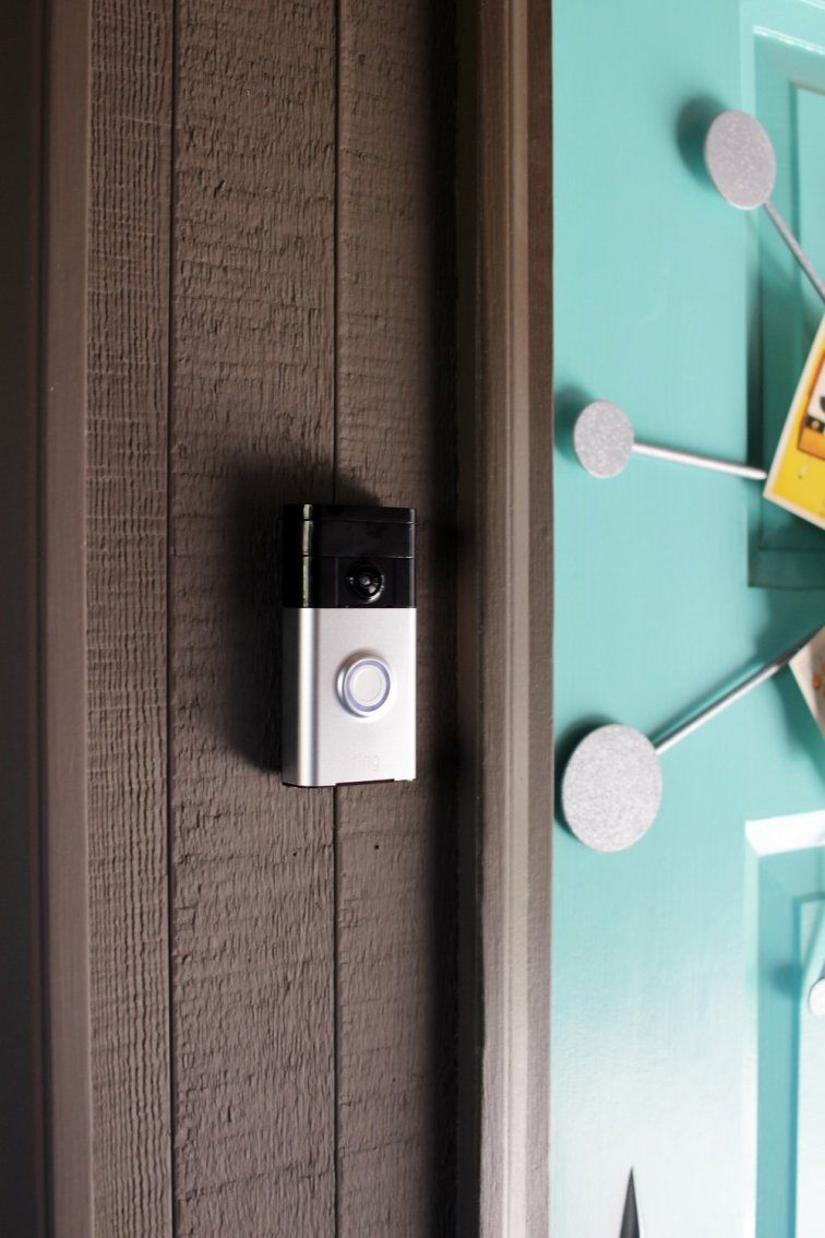 Ring doorbell looking out for trouble (AKA door-to-door salespeople)