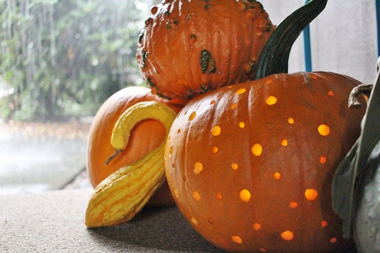Space age polka dot style pumpkin for a mid-century modern front porch