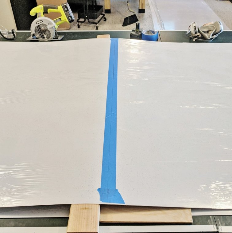 Trick for cutting laminate sheets