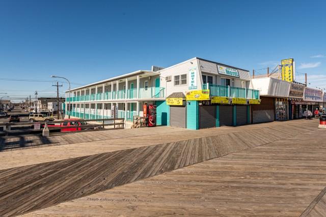 Boardwalk Sand & Surf Inn Oceanfront