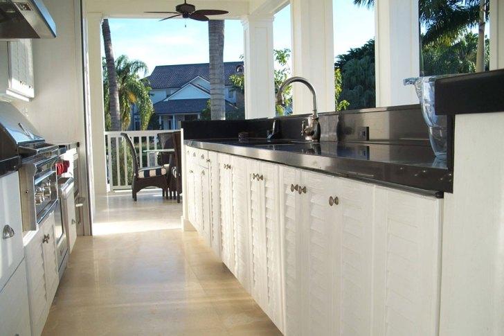 Naturekast Outdoor Summer Kitchen Cabinet Bath