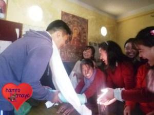 Khai-Thai verbrachte sieben Monate mit den Kindern aus Snowland.