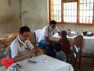 2013-09_smss_medical-camp (35)