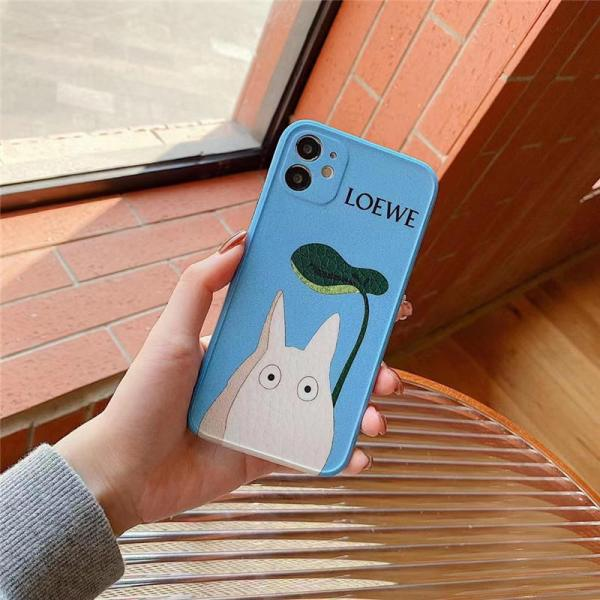 ロエベ トトロ iphone13/13pro ケース ペア LOEWE iphone12pro max/12miniケース キャラクター iphone11 レザー ケース まっくろ くろ すけ iphone11pro/xs max 携帯カバー おもしろ アイフォンx/10r ケース 可愛い