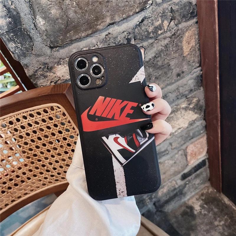 ナイキ iphone12 ケース かっこいい NIKE アイフォン12pro max/11proカバー ブランド メンズ 黒 iphone11/xr/8 ソフトケース 頑丈 携帯ケース iphonexs/se2 おすすめ
