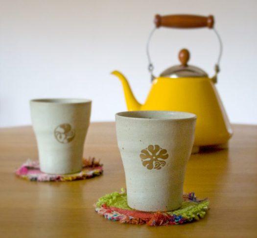 花個紋信楽焼フリーカップ