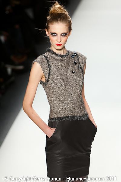 Mercedes Benz 2011 New York Fashion Week Hananexposures Veneziana Fall 2011 (2)