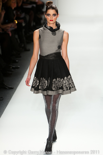 Mercedes Benz 2011 New York Fashion Week Hananexposures Veneziana Fall 2011 (5)