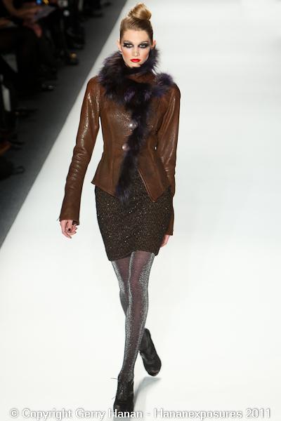 Mercedes Benz 2011 New York Fashion Week Hananexposures Veneziana Fall 2011 (20)