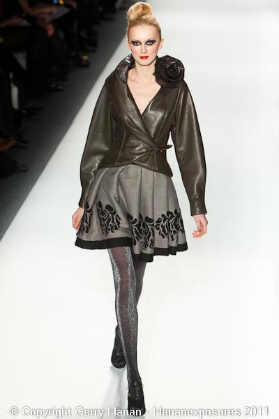 Mercedes Benz 2011 New York Fashion Week Hananexposures Veneziana Fall 2011 (21)