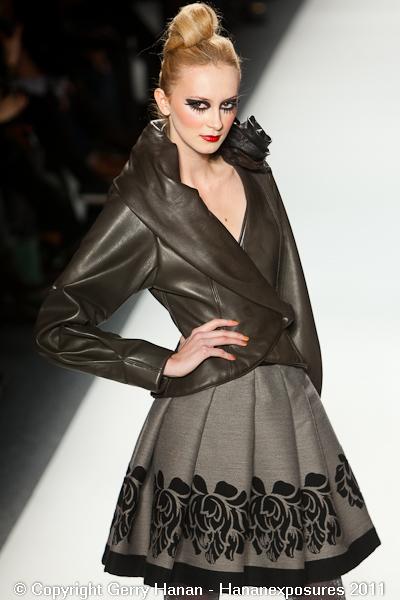 Mercedes Benz 2011 New York Fashion Week Hananexposures Veneziana Fall 2011 (22)
