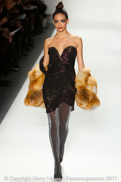 Mercedes Benz 2011 New York Fashion Week Hananexposures Veneziana Fall 2011 (49)