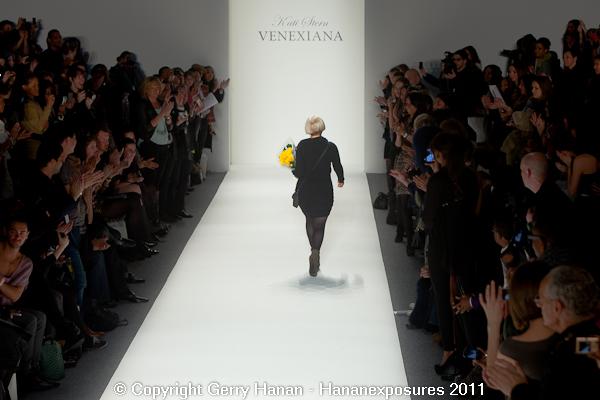 Mercedes Benz 2011 New York Fashion Week Hananexposures Veneziana Fall 2011 (87)