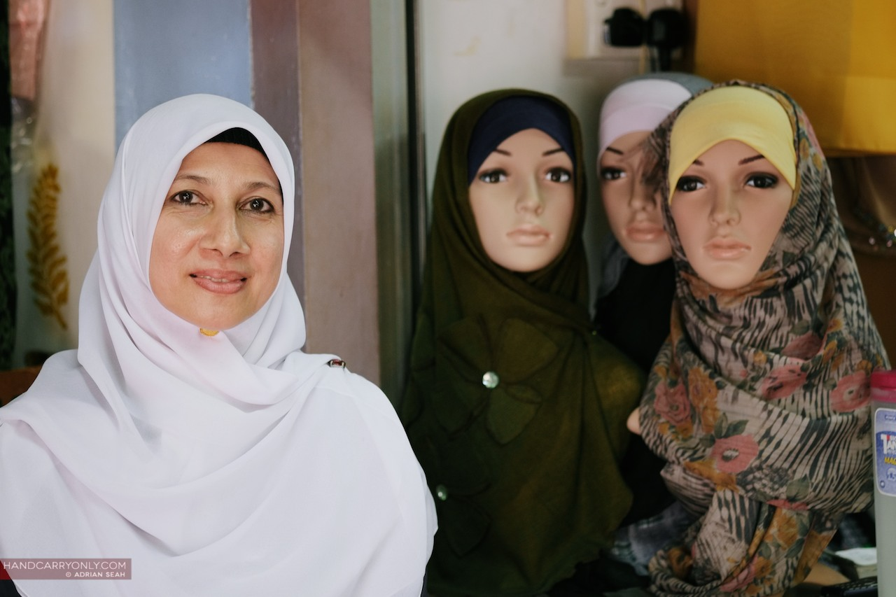 hijab lady with mannequins