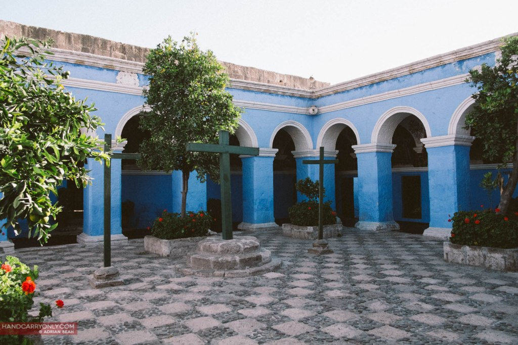 claustro los naranjos, cloister of the oranges in santa catalina monastery arequipa