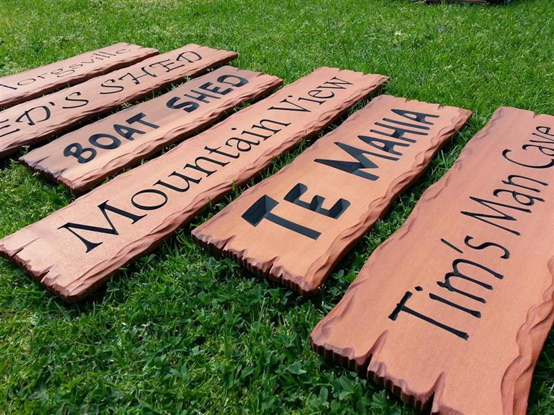 rustic-cedar-signs-carved-to-order
