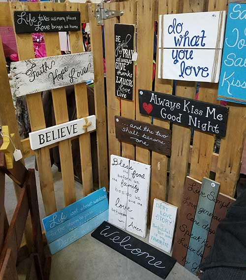 Wonderful Day at the Coastal Carolina Christmas Arts Crafts and Gifts Show Rustic Signs And Designs Booth