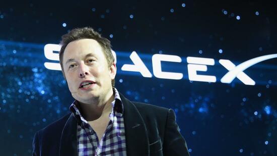 SpaceX-Gründer Elon Musk, der auch hinter dem Elektroauto-Pionier Tesla steht, hatte erst vor wenigen Tagen die Pläne für das Satelliten-System zur Internet-Versorgung öffentlich gemacht. Quelle: AFP