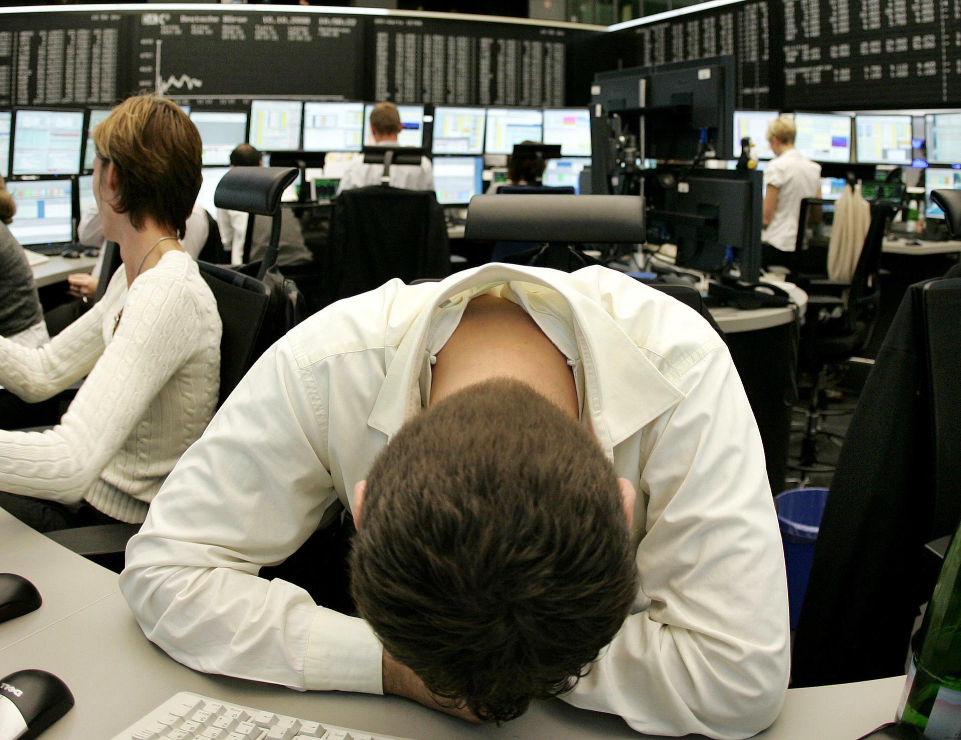 Verzweifelter Händler im Oktober 2008. S&P hat analysiert, was neue Schocks an den Märkten auslösen könnte. Quelle: AP