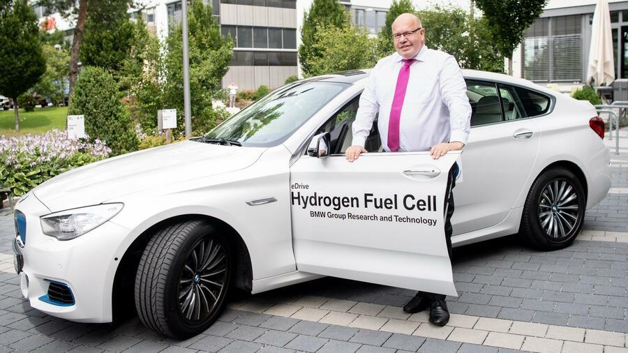 BMW tastet sich wieder an Wasserstoff heran