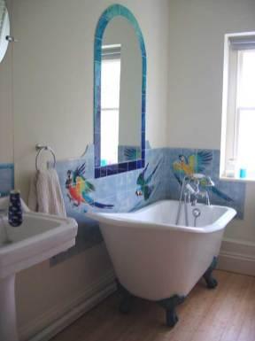Parrots bathroom tiles