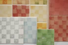 Chequered sponge print tiles