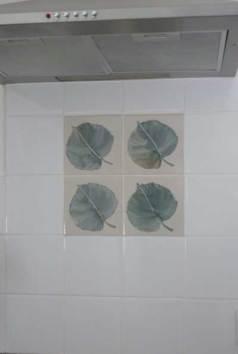 lime leaves hob tile panel