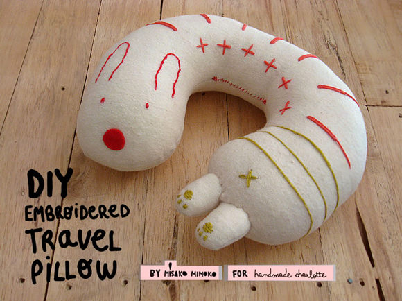 Travel neck pillow