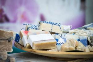 successful soap making business ~ packaging handmade soaps
