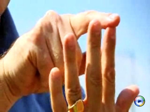 Professor John T. Manning explains how finger length relates to testosterone & athletic behavior.