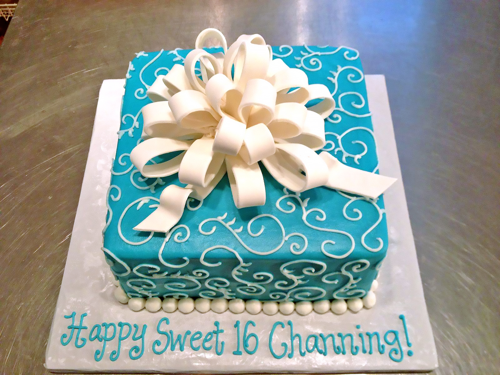 Girls Sweet 16 Birthday Cakes