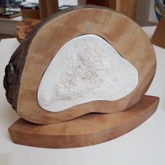 Skulptur HOLZ Gestaltet von Silke Krempien im Atelier Ziege