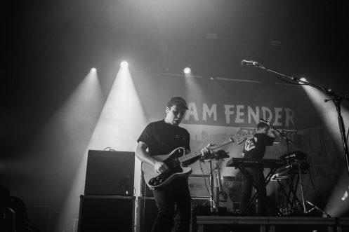 Sam Fender (26)