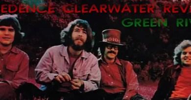 Creedence-Clearwater-Revival-Green-River-mainJohn Fogerty'nin bitmek tükenmek bilmez enerjisinin gruba yansıması, elemanların müzik konusundaki yeteneği ve ilk iki albümün başarısından olsa gerek CCR 1969 yılı içerisinde 2. ve 3. albümü kaydeder. Green River bu dönemin ikinci albümüdür. Albümde yer alan iki parça Bad Moon Rising ve Green River CCR'ın en önemli hitlerindendir.