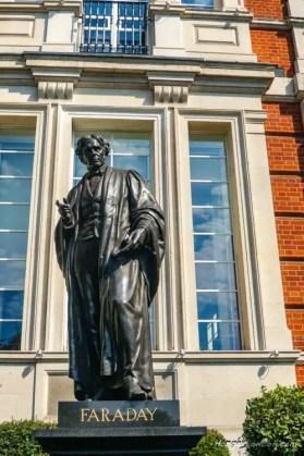 Faraday Statue London