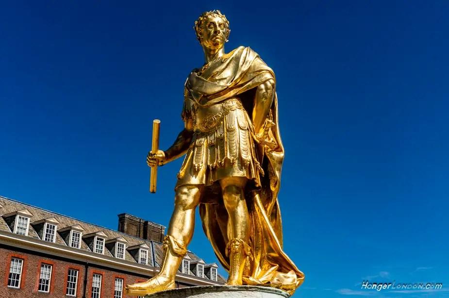 King Charles II Statue Royal London Hospital Chelsea . Artist Grinling Gibbons around 1680-82