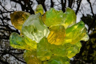 Chihuly Lime Crystal Tower Kew Glass sculpture