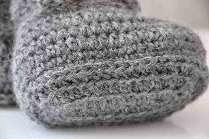 Wrap Around Baby Crochet Boots by HanJan Crochet