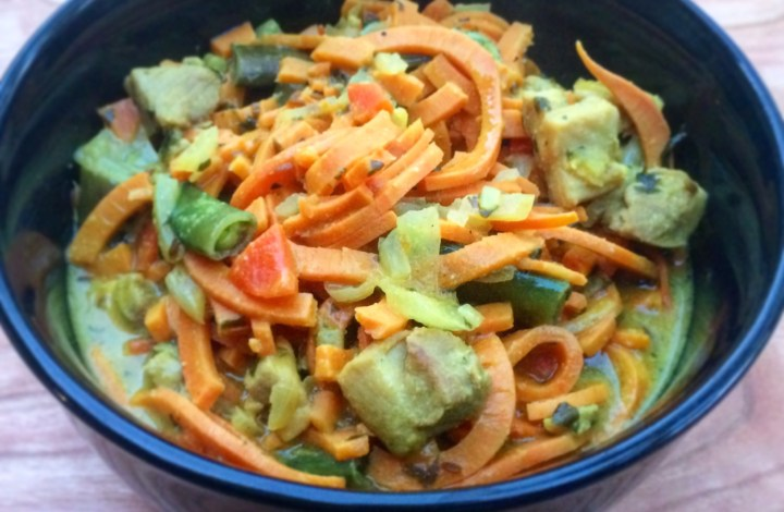 Inspiralizer Review & Curried Chicken Coconut Laksa Recipe