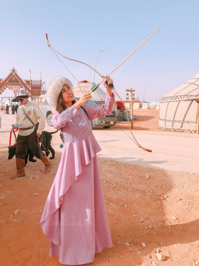 archery 1 - King Abdulaziz Camel Festival |An Incredibly Eye-Opening World Nomad Games in Riyadh, Saudi Arabia